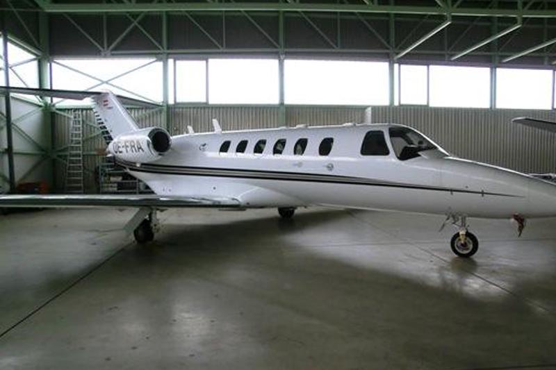 2003-lightjets